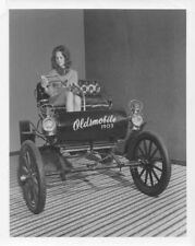 1903 Oldsmobile Curved Dash Car Press Photo and Release - Marilyn Morse 0014