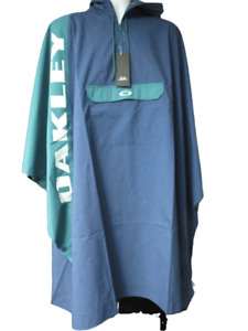 Oakley Surf Changing Poncho
