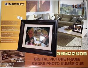 """Digital picture frame 10"""" Inch 10.4"""" NEW IN BOX WOODEN FRAME BY SMARTPARTS"""