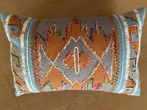 Southwest Woven Sofa Throw Pillow Blue Red NWOT Zip ClosureWestern BOHO Indian