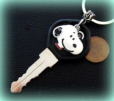 Peanut's SNOOPY + Key + Heart Jewelry Keychain - Charlie Brown's Beagle Dog