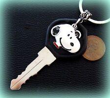 Peanut's SNOOPY + Key + Heart Jewelry Keychain - Charlie Brown's Beagle Dog