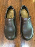 Naot Size EU39 Women's Brown Leather Slip On Loafer Shoes Clogs