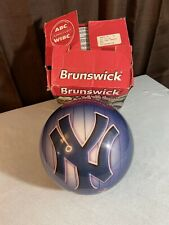 New listing MLB New York Yankees NYY Bowling Ball Viz-A-Ball Brand New And Undrilled 15 LBS