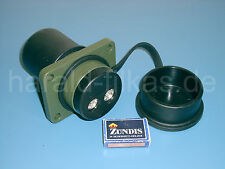 NATO-Steckdose 70mm² nach VDA 72594, bis 42 Volt ca. 500 Ampere. Überbrückung