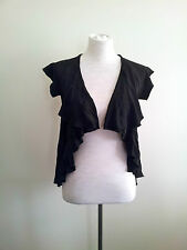 Effortless Style! Lounge size S black open front top in excellent condition