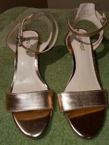 Nine West 6 1/2 Lesia Rose Gold Ankle Strap Sandal Kitten Heel Open Toe Metallic