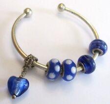 bracelet couleur argent bijou vintage rigide perles en porcelaine cœur bleu 1548