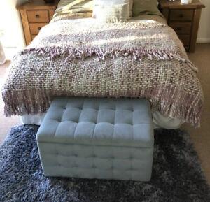 John Lewis 100% Wool Pink Tassle Bed Throw Double/King