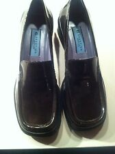 Kenneth Cole Bronze Patent Loafer 6M Brand New in Box