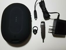 Motorola Whisper Hz850 Wireless Bluetooth Headset & mophie carry charging case
