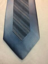 Vintage Rue De La Paix Mens Tie 3.25 X 57 Light Blue With Navy Blue And White