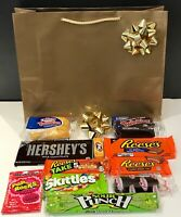 9000951 THE ASSORTED CHOCOLATE GIFT PACK HOSTESS TWINKIES REESE'S REESES HERSHEY