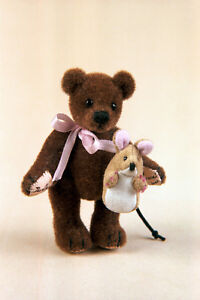 "World of Miniature Bears By Theresa Yang 2.5""/1"" Bear Muenster #1115 Closing"