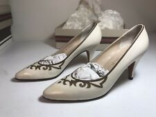 Italian Bruno Magli Women Pumps Shoes Winter White Leather 8.5 AAAA