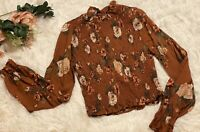 NWOT Heart Hips Juniors Long Sleeve Floral Ruffle Cropped Top Keyhole Back SMALL