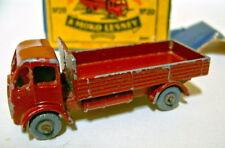 """Matchbox RW 20 a Stake Camion brun rouge rare Plastique Roues dans """"Petit Moko"""" BOX"""