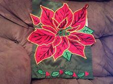 New listing Poinsetta Holiday Garden Flag