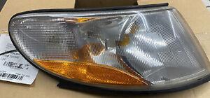Saab 9-3 Side Marker Light Turn Signal Indicator Lamp 4676466 Front Right OEM