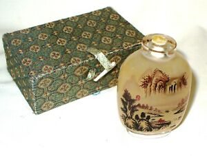 Vintage Small Reverse Painted Chinese Perfume / Snuff Bottle Boxed