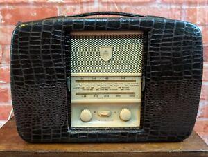 Ultra R906 Twin De Luxe Valve Radio Handbag Style Vintage - for repair