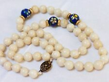 VINTAGE CHINESE WHITE ANGEL SKIN CORAL BEAD SILVER CLASP NECKLACE