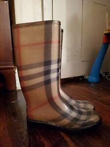 Burberry NOVA Rain Boots Size 9/39