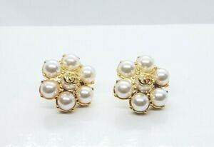 GUCCI INTERLOCKING GG PEARL EARRINGS - BOX &DUST POUCH INCLUDED