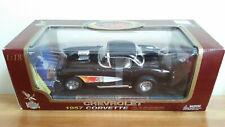 Road Legends Chevrolet 1957 Corvette GASSER Model Die Cast Car 1:18 NIB