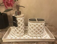 Dkny Diamond Quilted Resin Bath Accessory Set (3 Piece Set)
