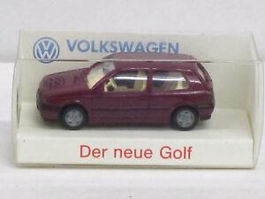 """VW Golf in violett, Volkswagen """"da weiß man, was man hat"""", mit OVP, Wiking, 1:87"""
