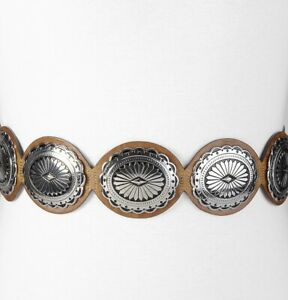 """Chicos womens M leather belt w/silver conchos snap closure elastic back 3"""" wide"""