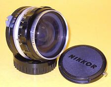 Nikon NIKKOR-H Auto 2,8cm 28mm 1:3,5 in very good condition!