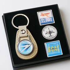 BRITISH AIRWAYS / BOAC Airlines Classic Keyring & Pin Badge Set - (#X011)