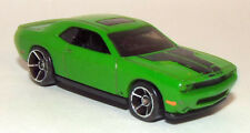 Hot Wheels Die Cast 2008 Dodge Challenger in Green