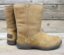 UGG Australia Womens Michaela Chestnut Short Waterproof Sheepskin Boots US 6 NEW