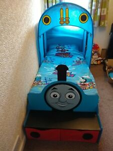 Thomas the Tank Engine Canopy Bed - in great condition