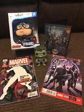 Marvel Avengers Bundle-Peluche Capitan America, Hulk Pop! Figura, DVD, Comics