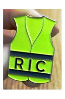 Lot de 5 Pin's Gilet Jaune avec inscription RIC - Acier émaillé - Belle finition
