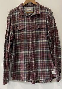 Mens Quiksilver Long Sleeved Flannelette Shirt Size Xl Burgundy