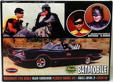 Polar Lights 920  1966 TV BATMOBILE with Batman and Robin Figures model kit 1/25