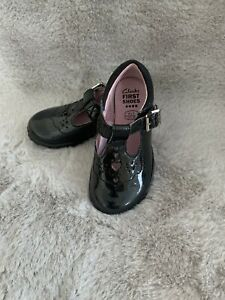 Clarks Girls Infant First Shoes Patent Light Up Size 4.5F