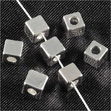 Lot de 20 perles Cubes 4mm en Métal argenté