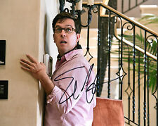 AMERICAN ACTOR ED HELMS HANDSIGNED 10 X 8 COLOUR PHOTOGRAPH HANGOVER