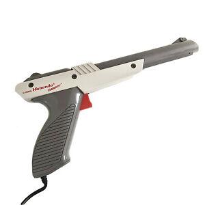 Original 1985 Nintendo NES Zapper Duck Hunt Gun Authentic NES-005 Gray Grey OEM