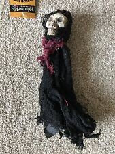 Halloween 25 cm Hanging Reaper Skeleton With Black Cloak & Burgundy Scarf