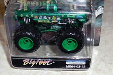 MUSCLE MACHINES Universal Studios Monsters Bigfoot Monster Truck MO64-03-333