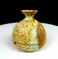 """STUDIO ART POTTERY SIGNED TAN AND BROWN SPECKLED STONEWARE 3 3/4"""" VASE"""
