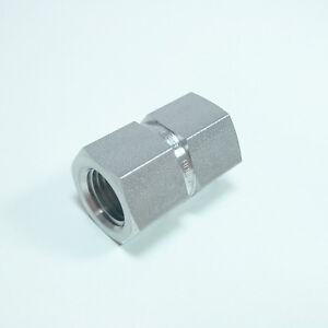 Straight adapter Fitting Connector 1/4 NPT to 1/4 NPT female in SS316