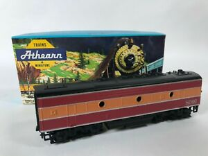 Athearn 3036 Southern Pacific SP Daylight F7-B Dummy Train Engine Kit HO NEW